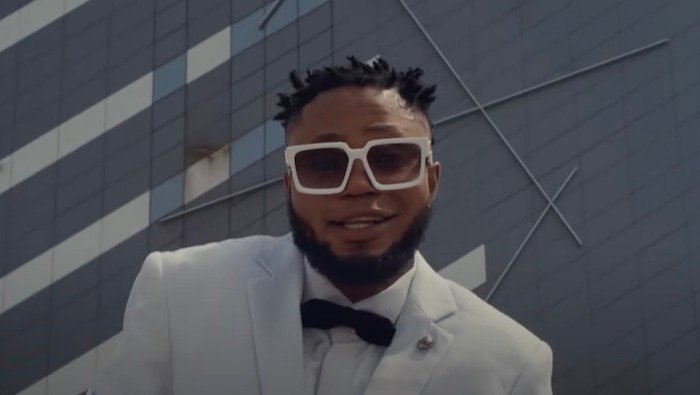 {Video} Oso Richie – Light Up